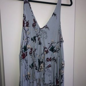 LIGHT BLUE FLORAL URBAN OUTFITTERS LOW V TANK